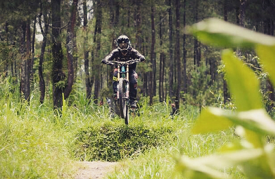 Trek Downhill Jogja