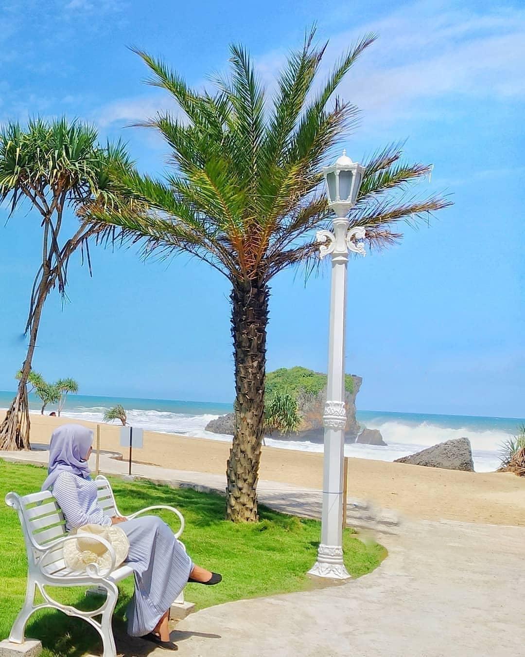 Tempat Wisata Pantai Kekinian Di Jogja